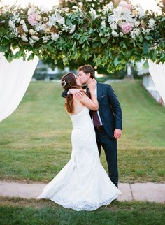 So excited to see Rachel and Charlie's Door County Event Planners Horseshoe Bay wedding featured on Elizabeth Anne Designs yesterday!  http://www.elizabethannedesigns.com/blog/2016/08/01/romantic-door-county-wedding/ #doorcountywedding