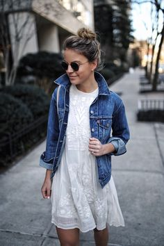 Excited to be teaming up with @levis and styling this Trucker Jacket for spring. Such a great wardrobe staple! I joined @Instylemagazine and @stylewatchmag's #StyleStories campaign and shared a few behind the scene snaps on my Instagram Story, so make sure to check it out. You can shop this jacket by clicking the link in my bio or here --> http://liketk.it/2qLka  #springstyle #ad #LiveInLevis #liketkit @liketoknow.it