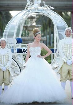 Cinderella Wedding Dresses: This woman knows how to have a Cinderella wedding!