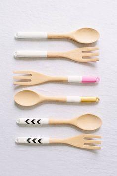 diy dip dyed spoons