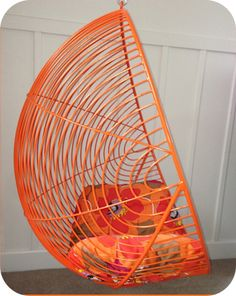 MID CENTURY STYLED FURNITURE | METAL WIRE FURNITURE | HANGING EGG CHAIR... Cute for outside