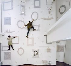 Japanese designers Nendo created what might just be the most creative climbing wall ever, using home accessories like picture frames, bird cages and deer heads. This unusual climbing wall is located at the ILLOIHA fitness club in Tokyo. Indoor Climbing Wall, Rock Climbing, Climbing Frames, Climbing Holds, Kids Climbing, Japanese Design, Looks Cool, Frames On Wall, Framed Wall
