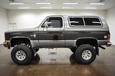 Classic Pickup Trucks, Chevy Pickup Trucks, Lifted Ford Trucks, Chevy Trucks, K5 Blazer For Sale, Chevrolet 4x4, Chevy C10, Chevy Vehicles, Military Vehicles