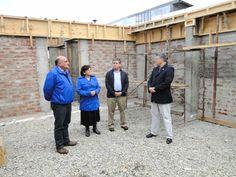 Con el objeto de constatar en terreno el estado de avance de las obras de construcción de la sede social Nuevo Milenio, el Alcalde de Linares Rolando…