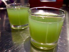 [On déguste] [détox!] [anti gaspi!] jus de concombre au citron et au gingembre. - Les gourmands disent @LesGourmands0