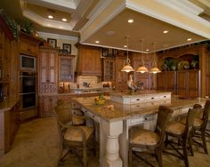 Traditional Kitchen Eat In Kitchen Design, Pictures, Remodel, Decor and Ideas - page 3