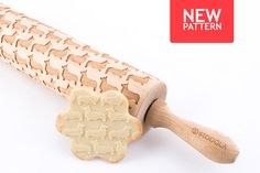 Engraved rolling pin with Welsh Corgi pattern. The wooden rolling pin for making cookies. The dough can be made of salt-, sugar- or ceramic-mass! Use your imagination. Try make pattern on a cookie :) Would you like to have any other breed? Dont hesitate and write to us! The rolling pin is engraved in a laser machine. It is made of high quality beech wood. It is cleaned and impregnated with a safe for food oil. It is beautifully packed with care to every detail. This can be a great gift…