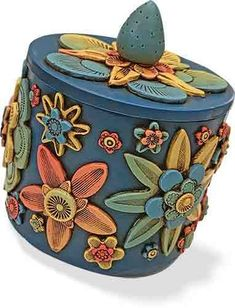 Lisa Haney's flower box holds treasure securely on PolymerClayDaily.com
