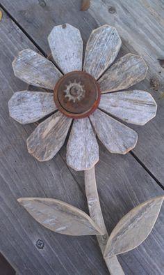 Reclaimed Wood Flower Rustic Wall Decor Rusty Metal Folk Art Garden Art Industrial.