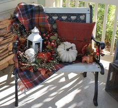 Southern Seazons: Fall bench