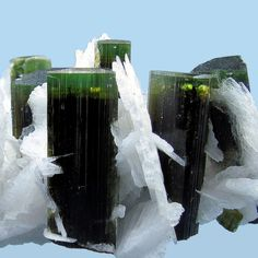 FMF - Friends of Minerals Forum, discussion and message board :: View topic - Collection of Carles Millan Minerals And Gemstones, Crystals Minerals, Rocks And Minerals, Stones And Crystals, Green Gemstones, Natural Crystals, Natural Stones, Crystal Magic, Beautiful Rocks