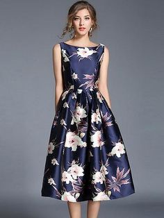 Take a look at this Blue & White Floral Fit & Flare Dress today! Floral Skater Dress, Lace Midi Dress, Chiffon Dress, Grunge Style Outfits, Bodycon Dress With Sleeves, Sleeveless Dresses, Dresses Dresses, Party Dresses, Flower Dresses