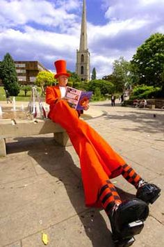 Stilt Walker, Stilt Cyclist, Clown, Jester, Characters, Fire and Glow Performer and Purveyor of the most Fantastic Circus Workshop in the World… CIRCUS KAOS