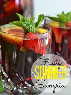 This easy summer sangria is the best Ive had, hands-down! #recipe #sangria #wine