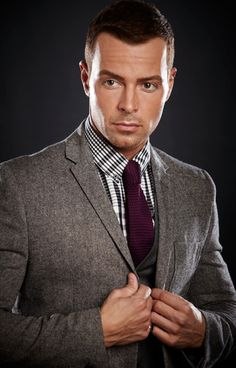Joseph Lawrence from Melissa & Joey and My Fake Fiance This guy is funny and perfect looking!!