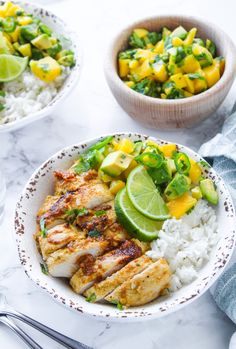 Whole 30 Jerk Chicken Whole 30 friendly Jerk Chicken with a simple mango & avocado salsa sweet spicy and packed with flavor. Healthy Chicken Recipes, Lunch Recipes, Paleo Recipes, Real Food Recipes, Dinner Recipes, Cooking Recipes, Dinner Ideas, Paleo Ideas, Fast Recipes
