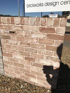 AUSTRAL BRICKS - San Selmo - Reclaimed Brick Houses, Brick Facade, Facade House, Brickwork, Red Bricks, New Builds, Cladding, Farm House, House Ideas