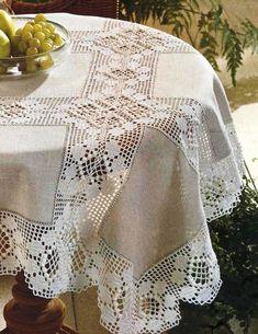 Pin de Halina Kozyr en serwety, obrusy szydełkowe i druty Crochet Quilt, Crochet Tablecloth, Crochet Home, Filet Crochet, Crochet Doilies, Crochet Stitches, Crochet Baby, Crochet Patterns, American Doll Clothes