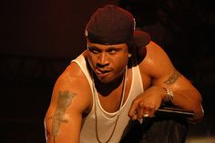 What's a picture of LL Cool J w/out him licking those lips?!