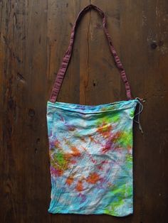 DIY tie dye bag.