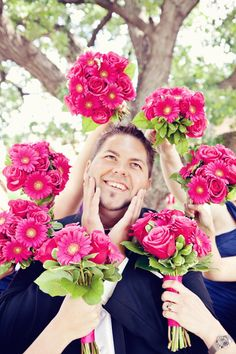 unique ideas of wedding photos...Sheila, I can see Dave doing this photo : )