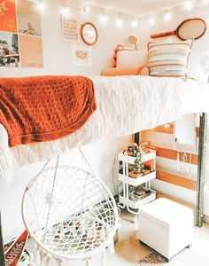 dream rooms for adults ; dream rooms for women ; dream rooms for couples ; dream rooms for adults bedrooms ; dream rooms for adults small spaces College Bedroom Decor, Teenage Room Decor, Cool Dorm Rooms, Room Ideas Bedroom, Bedroom Inspo, Boho Dorm Room, Dorm Room Themes, Dorm Room Bedding, Dorm Room Decorations