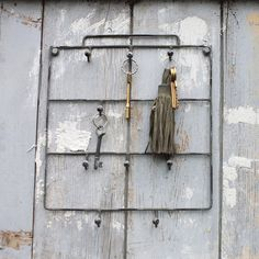 Stylish Dalila key hook has a rustic grey/cream distressed appearance that fits perfectly in any country style home. For indoor or outdoor use. From Orchard & Berry. Gifts For Him, Great Gifts, Key Hooks, Vintage Keys, Country Style Homes, Inspired Homes, Decoration, Bathroom Hooks, Home Accessories