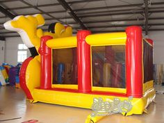 16ft-disney-mickey-and-minnie-bounce-house-05