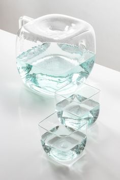 Water Pitcher Block by Antonio Aricò - Design Milk A simple, handblown glass water carafe with a rounded, block-like design that resembles an oversized ice cube to offer guests a refreshing glass of water. Water Carafe, Water Pitchers, Kitchen Items, Kitchen Gadgets, Kitchen Utensils, Kitchen Tools, Eco Deco, Kitchenware, Tableware