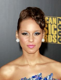 Alicia Keys Updo hairstyle at the 2009 American Music Awards