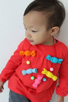 Kawaii necklace candies for children or adult in felt. €14.00, via Etsy.