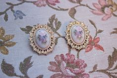 Vintage Large Floral Cameo Post Earrings by JenuineCollection on Etsy