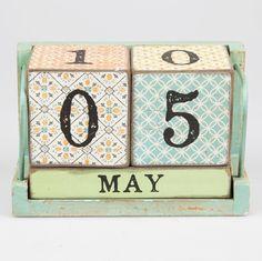 #Antic Shabby Chic Morocco #Calendar block #Wooden #Perpetual Year Calendar Date Home Desk Organiser -- www.vintagist.com