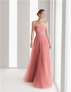Moda-2012-en-vestidos-de-galachristian-louboutin-shoes-2012