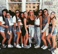 Jeans. Pinterest: pearlxoxoxo