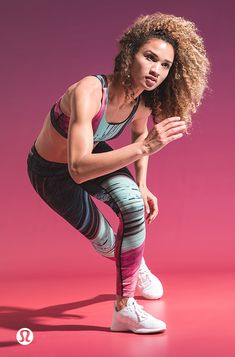 Ideas For Fitness Photography Poses Photo Shoots Strength Action Pose Reference, Human Poses Reference, Pose Reference Photo, Action Poses, Fitness Photography, Sport Photography, Photography Poses, Poses Modelo, Outfits Leggins