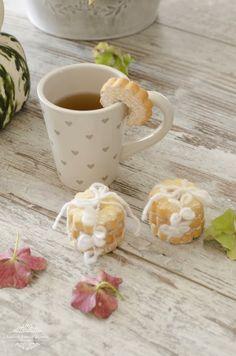 .tea & cookies
