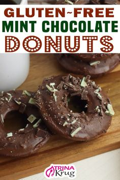 What's better than a gluten free chocolate donut? A gluten free mint chocolate donut with mint chocolate chunks on top! The perfect breakfast treat! Don't you just LOVE how these donuts look? Can you imagine what they taste like? The mint. The chocolate. The moist donut. I can literally taste this without even taking a bite! | Trina Krug @trinakrug #glutenfreedonuts #glutenfreebaking #healthybreakfastideas #gfdonuts #healthydonuts #glutenfreedoughnuts #holidaydonuts #trinakrug