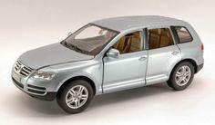 Bburago - Volkswagen Touareg Silver Miniature 1:18  Manufacturer: Bburago Barcode: 4893993120024 Enarxis Code: 014673 #toys #miniature #Volkswagen #Touareg Volkswagen, Miniatures, Vehicles, Car, Automobile, Autos, Minis, Cars, Vehicle