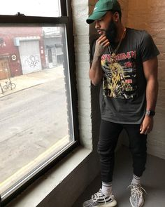 Always so calm. Dope Outfits For Guys, Stylish Mens Outfits, Casual Outfits, Clarence White, Black Men Street Fashion, Urban Fashion, Men Fashion, Yeezy Fashion, Fashion Edgy