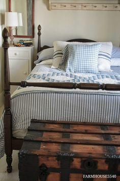 Bed Frame & Trunk  ::  FARMHOUSE 5540