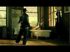 Music video by Ne-Yo performing Sexy Love. YouTube view counts pre-VEVO: 21,685,304. (C) 2006 The Island Def Jam Music Group