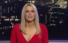 jo wilson sky sports cleavage - Google Search Sky Sports Girls, Sports Women, Female Sports, Sky Sports News Presenters, Tv Presenters, Jo Wilson Sky Sports, Joe Wilson, Ginger Zee, Amazing Women