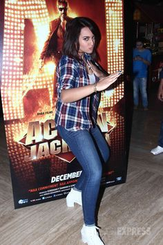 Sonakshi Sinha striking an action pose at the launch of 'Action Jackson' song titled 'Keeda'. #Bollywood #Fashion #Style #Beauty