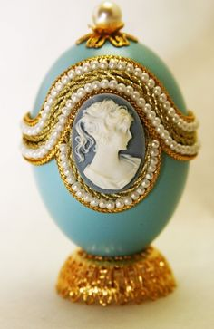 Lovely Belinda Faberge Style Decorated Egg