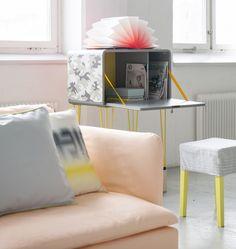 Un sillon color melon / A melon colored sofa Living Room Colors, Home Living Room, Apartment Living, Living Spaces, Living Room Inspiration, Interior Inspiration, Design Inspiration, Interior Ideas, Color Melon