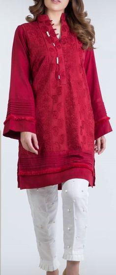 Pakistani Fancy Dresses, Pakistani Fashion Party Wear, Pakistani Dress Design, Ladies Kurti Design, Kurta Designs Women, Stylish Dress Designs, Stylish Dresses For Girls, Sleeves Designs For Dresses, Dress Neck Designs