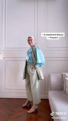 Stylish Hijab, Modest Fashion Hijab, Modern Hijab Fashion, Casual Hijab Outfit, Hijab Fashion Inspiration, Hijab Style Dress, Modest Work Outfits, Office Outfits, Hijab Office