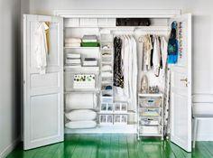 Un dressing dans un placard