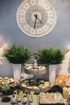 12. Irish theme Wedding,Sweet table decor,Sweets / Irlandzkie wesele,Dekoracja słodkiego stołu,Paproć,Anioły Przyjęć